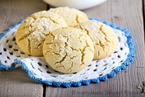 vanilla-coconut-flour-cookies
