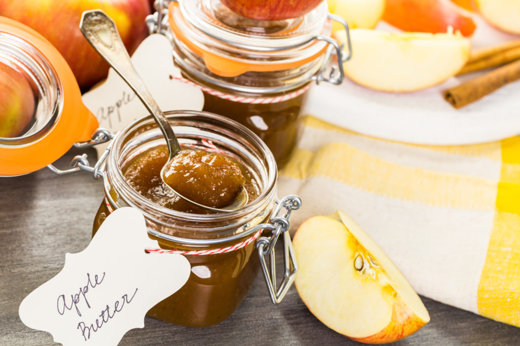 you can make delicious apple butter with cloves
